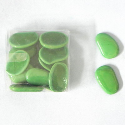 Nugety sklo placaté 300g tm.zelená