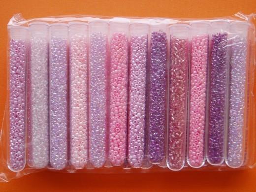 Korálky skleněné rokajl v tubě 6g odstíny růžové 24ks/ bal.