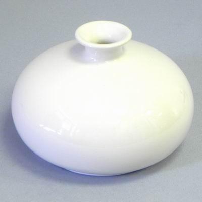 Váza keramika. pr.15,5V10,5cm bílá
