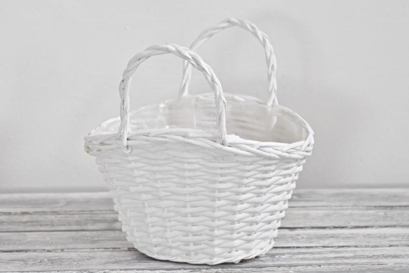 Proutěný košík bílý 28x23 cm