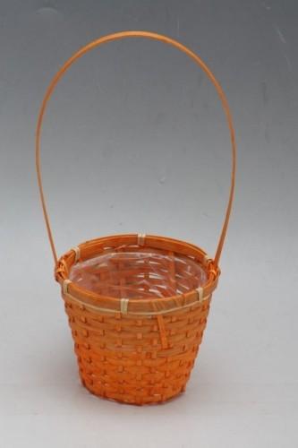 Proutěný košík na Primulky