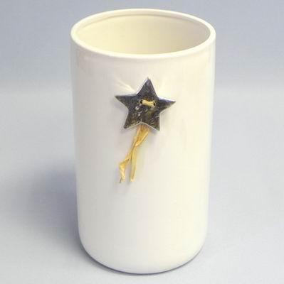 Váza keramika pr.15,3x26,3 cm bílá