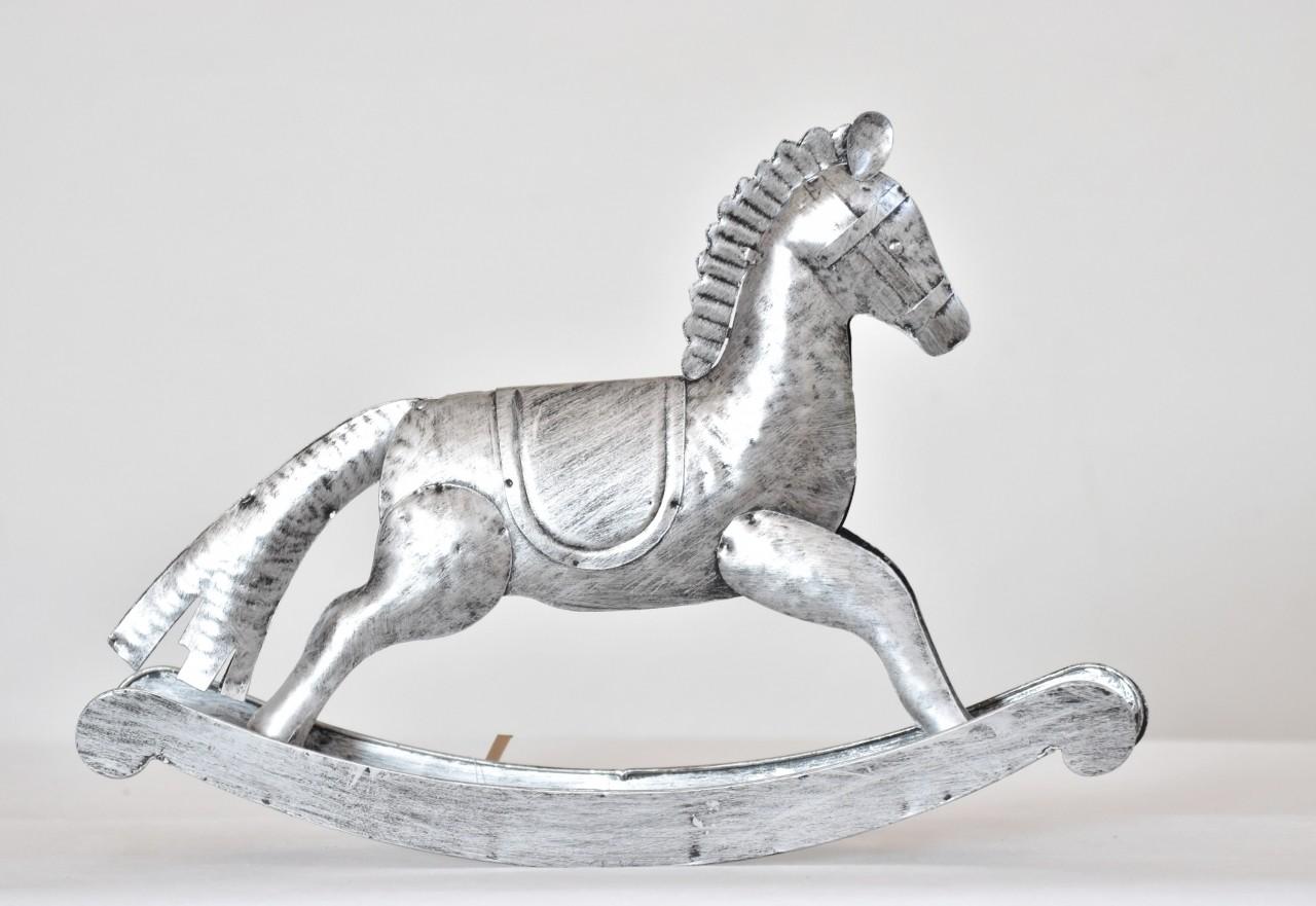 Kovový houpací kůň stříbrný 26,5 cm